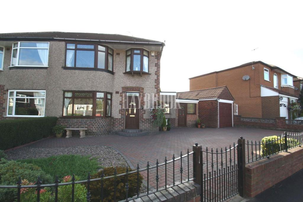 3 Bedrooms Semi Detached House for sale in Durlstone Crescent, Gleadless, S12