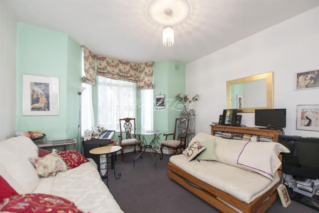 2 Bedrooms Flat for sale in Dunford Road, Islington, N7