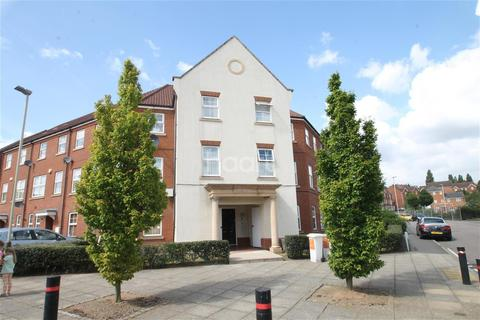 2 bedroom flat to rent - Larchmont Road
