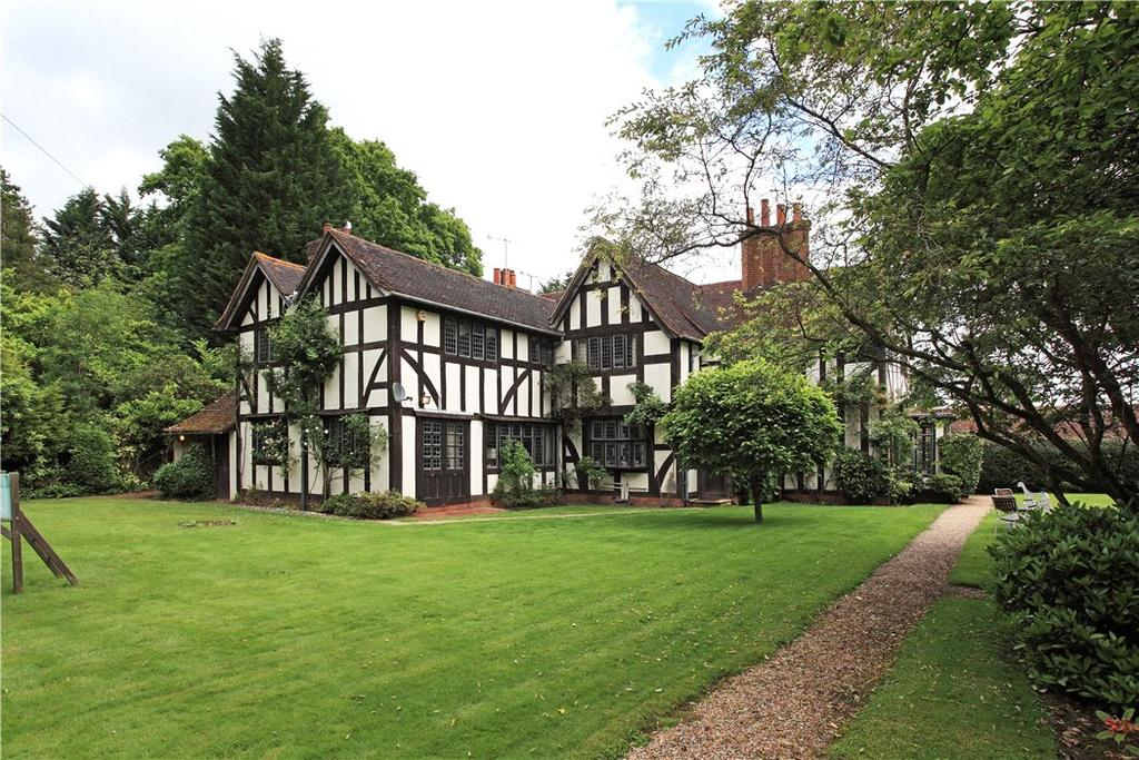 5 Bedrooms Detached House for sale in Hever Road, Hever, Edenbridge, Kent, TN8