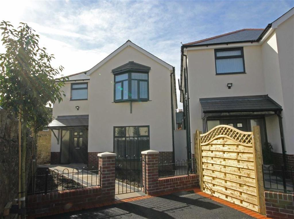 4 Bedrooms Detached House for sale in Tyn Y Pwll, Whitchurch, Cardiff