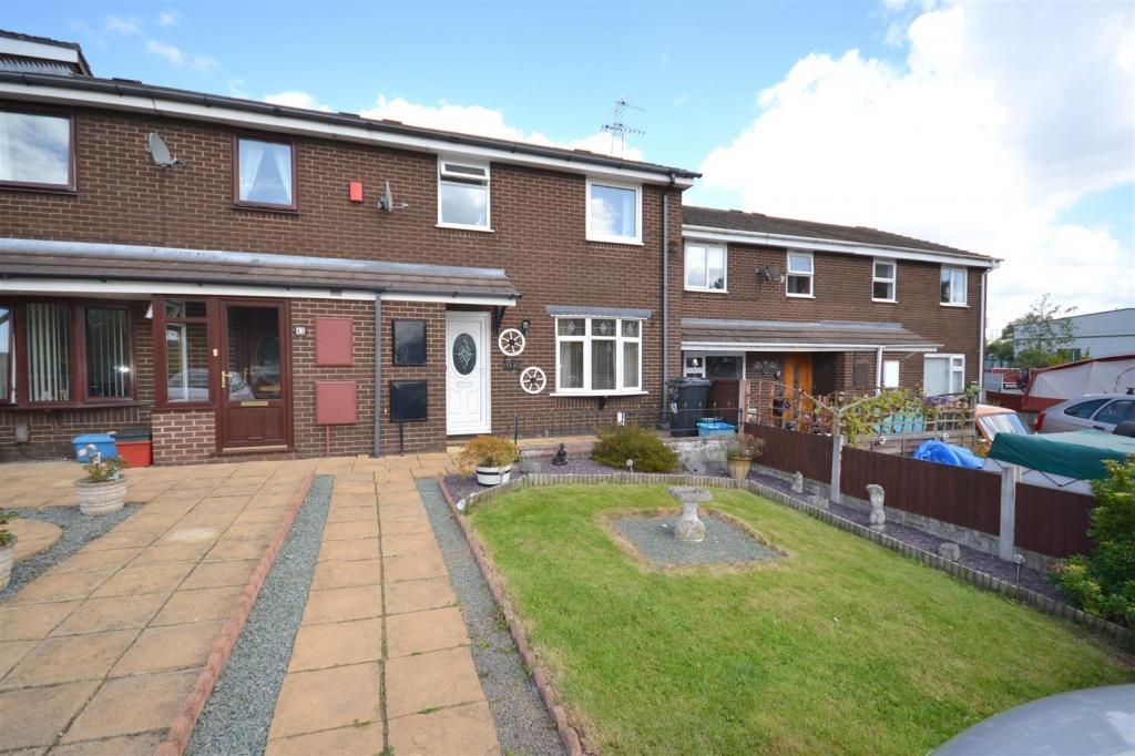 3 Bedrooms Town House for sale in Tuscan Way, Chesterton, Newcastle