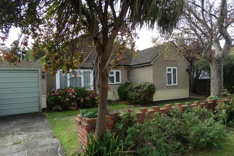 3 bedroom bungalow to rent - Minton Road, Felpham