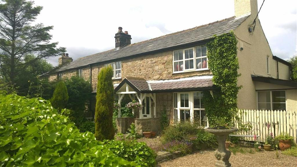 5 Bedrooms Farm House Character Property for sale in Sandy Lane, Brindle, PR6