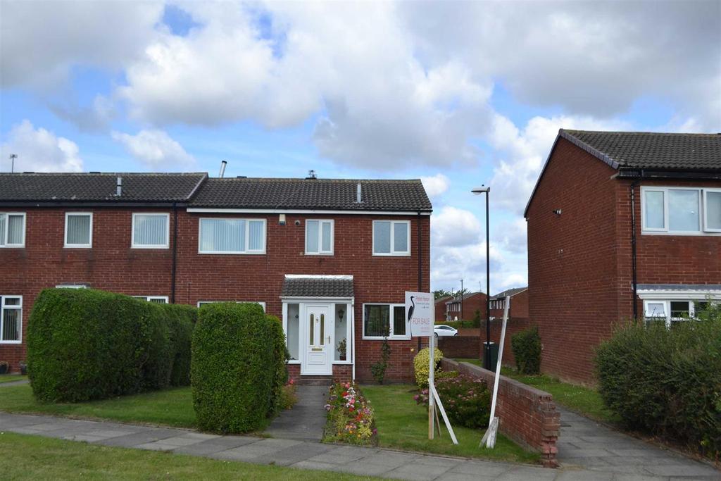 3 Bedrooms Terraced House for sale in Hall Farm Road, Hall Farm, Sunderland