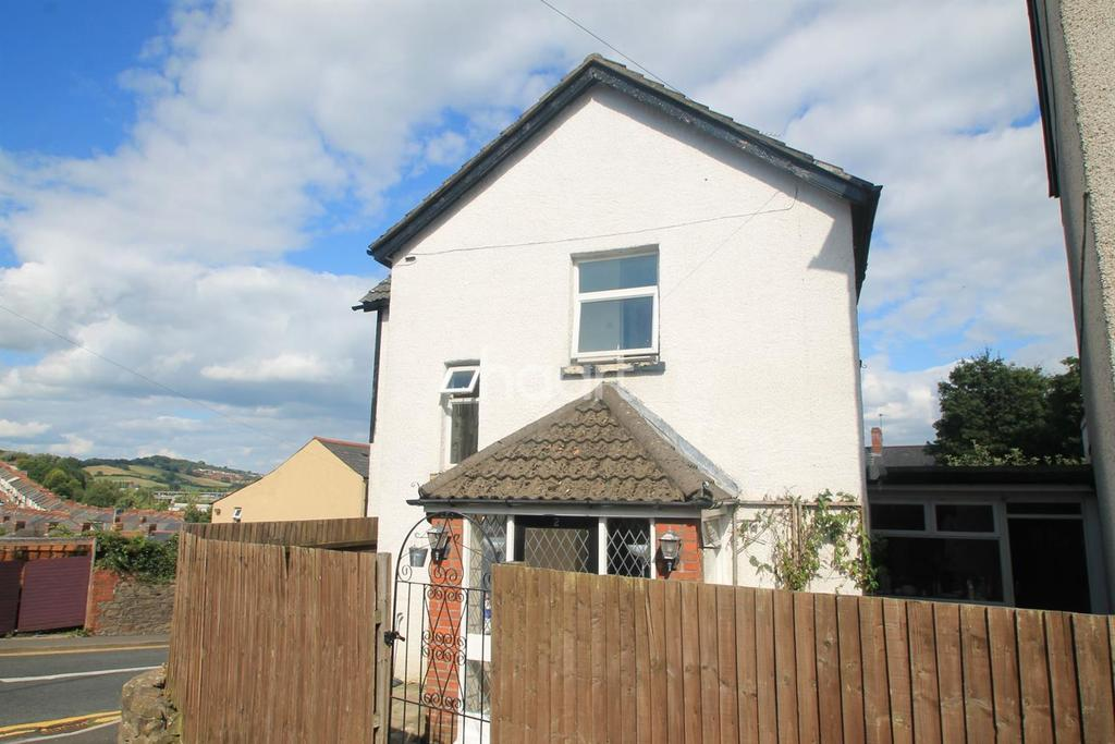 3 Bedrooms End Of Terrace House for sale in Belvedere Terrace, newport