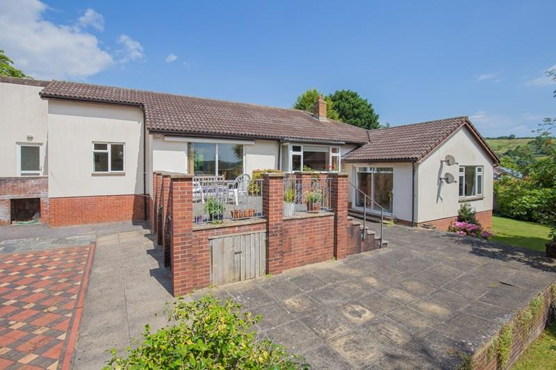 3 Bedrooms Detached Bungalow for sale in Forder Lane, Bishopsteignton, Teignmouth