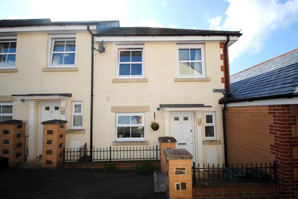 3 Bedrooms Semi Detached House for sale in Boards Court, Bideford