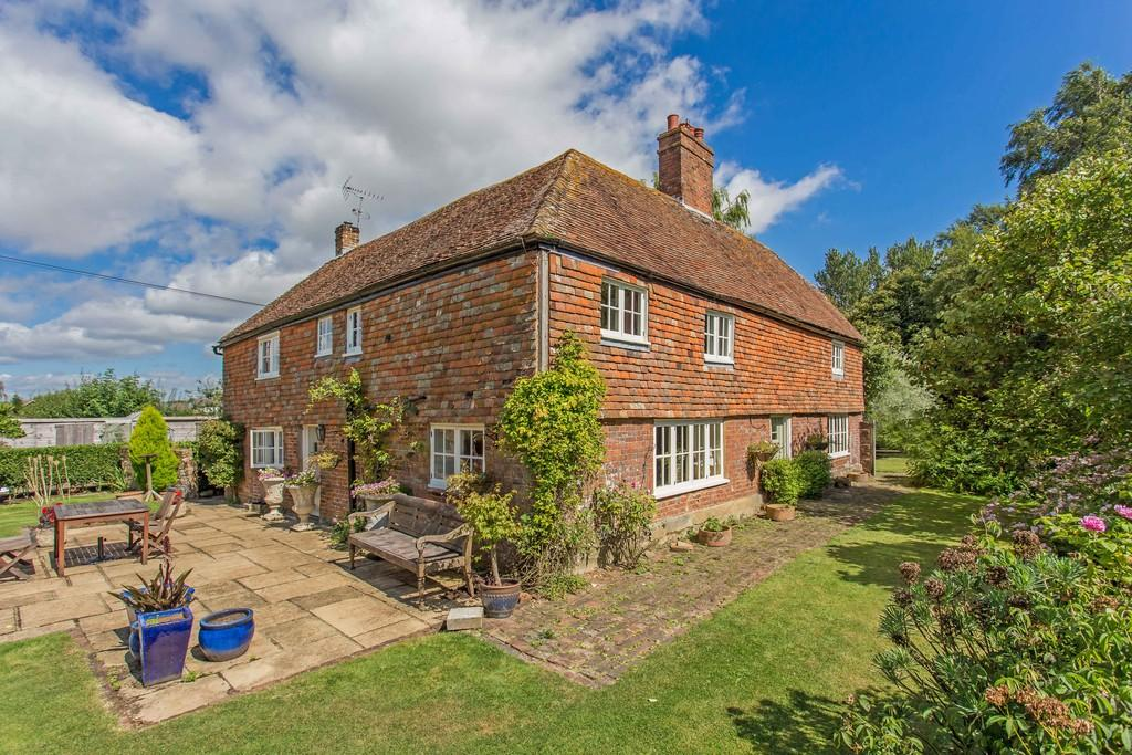 4 Bedrooms Detached House for sale in Clubbs Lane, Brookland, Kent TN29 9QX