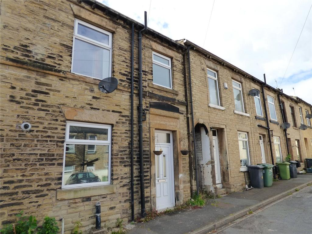 1 Bedroom Terraced House for sale in Claremont Street, Cleckheaton, West Yorkshire, BD19