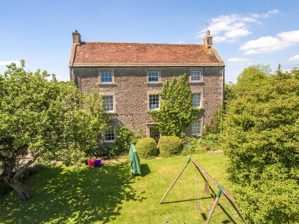 4 Bedrooms Detached House for sale in Upton Noble, Nr Bruton