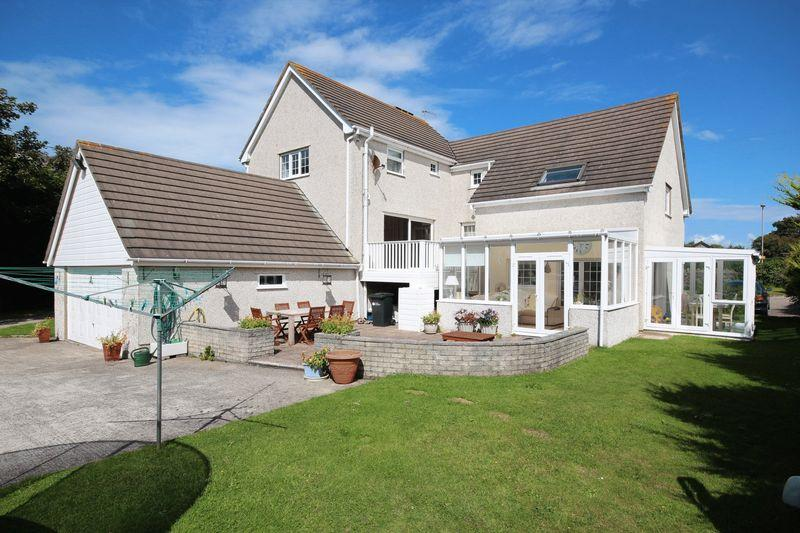 4 Bedrooms Detached House for sale in Lon St Ffraid , Trearddur Bay