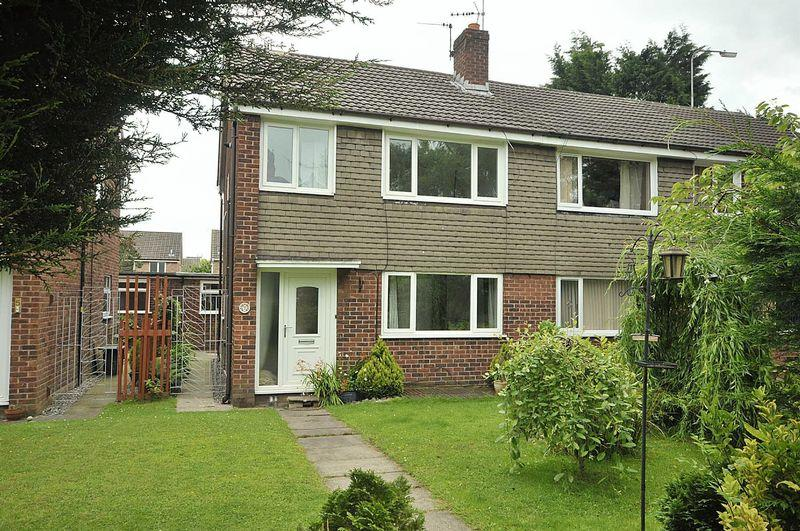 3 Bedrooms Semi Detached House for sale in Bewick Walk, Knutsford