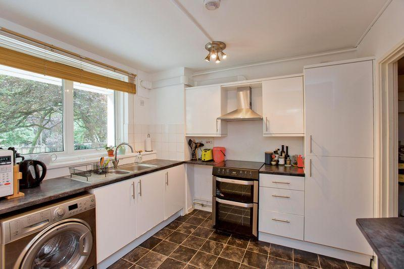 3 Bedrooms Duplex Flat for sale in Camden Street, Camden, NW1