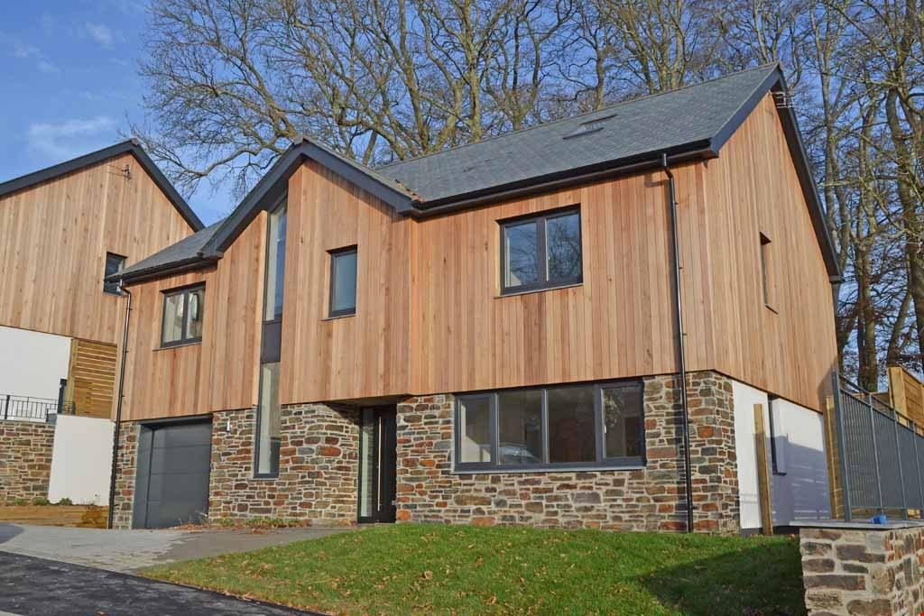 5 Bedrooms Detached House for sale in Cornelius Drive, Truro, Cornwall, TR1