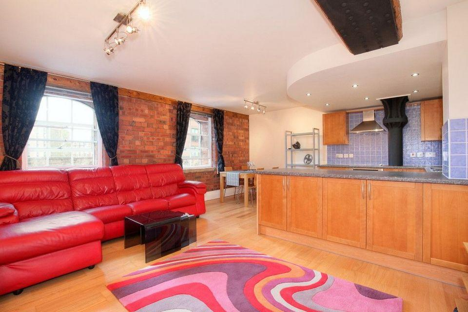 2 Bedrooms Apartment Flat for sale in Apartment A, The Warehouse, Victoria Quays, Sheffield S2