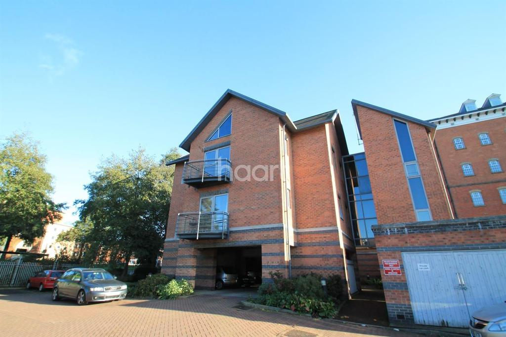 2 Bedrooms Flat for sale in 23, The Waterfront, 2 Duns Lane