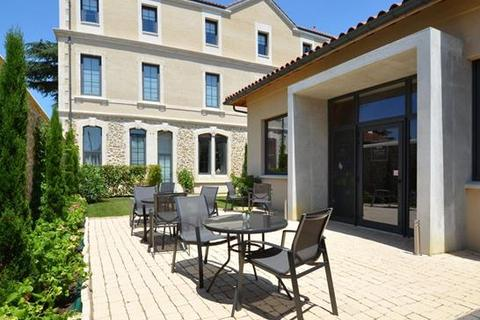12 bedroom townhouse - Marciac, Gers, Midi-Pyrenees