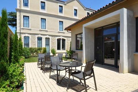 12 bedroom townhouse  - Marciac, Gers, Midi Pyrenees