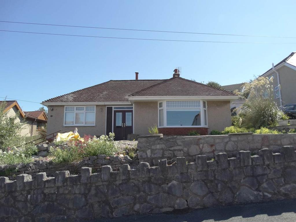 2 Bedrooms Detached Bungalow for sale in 15 Peulwys Road, Old Colwyn, LL29 9NU