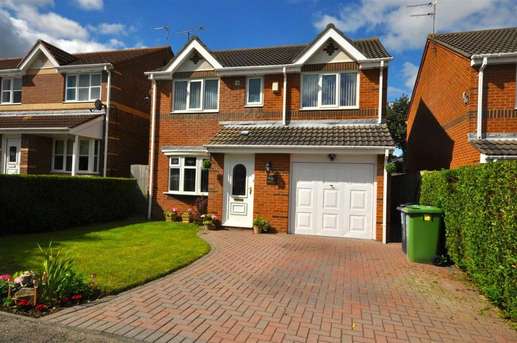 4 Bedrooms Detached House for sale in Polperro Close, Ryhope, Sunderland