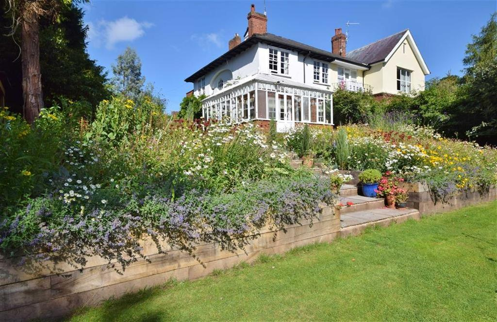 4 Bedrooms Semi Detached House for sale in Highfield Close, Monmouth, Monmouthshire