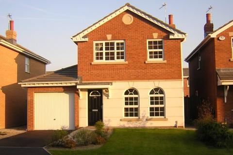 3 bedroom detached house to rent - Blacksmiths Row, Cypress Point, Lytham St Annes, FY8