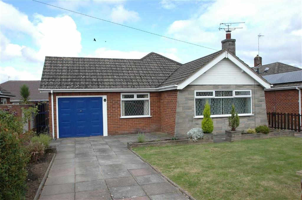 3 Bedrooms Detached Bungalow for sale in The Ridings, Saughall, Chester