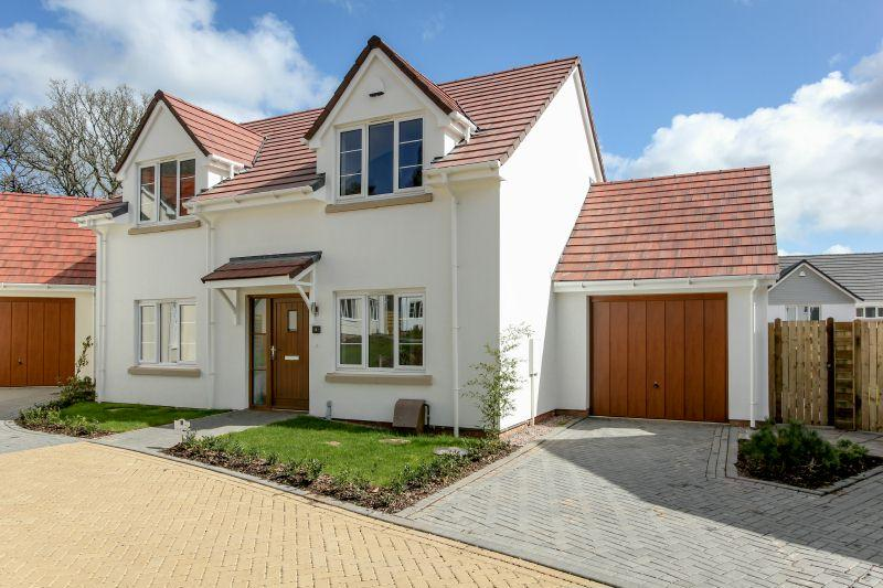 3 Bedrooms Detached House for sale in PLOT 8, OAK TREE GARDENS, WEST HILL