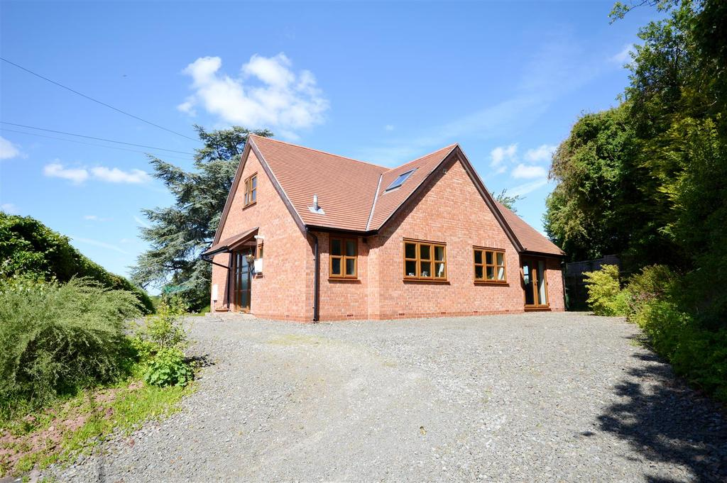 4 Bedrooms Detached House for sale in Wilden Bank, Ullingswick, Hereford