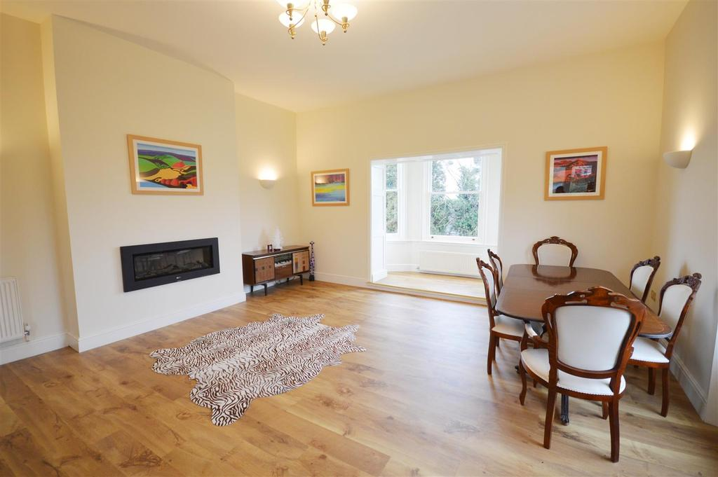 2 Bedrooms Apartment Flat for sale in Burcott House, Aylestone Hill, Hereford