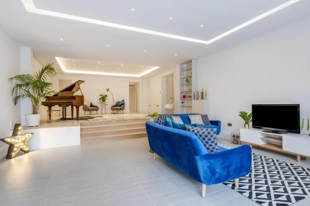 4 Bedrooms Maisonette Flat for sale in Shepherd's Hill, Highgate, London, N6
