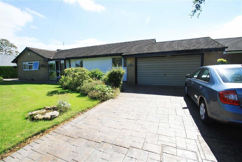 3 Bedrooms Detached Bungalow for sale in Overhill Drive, Wilmslow Park, Wilmslow