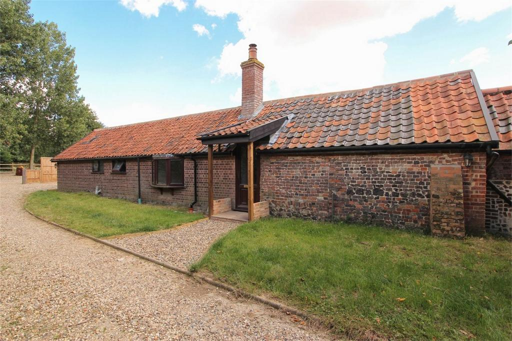 2 Bedrooms Mews House for sale in Stables, Brickyard Farm, Grove Road, Banham, Norfolk
