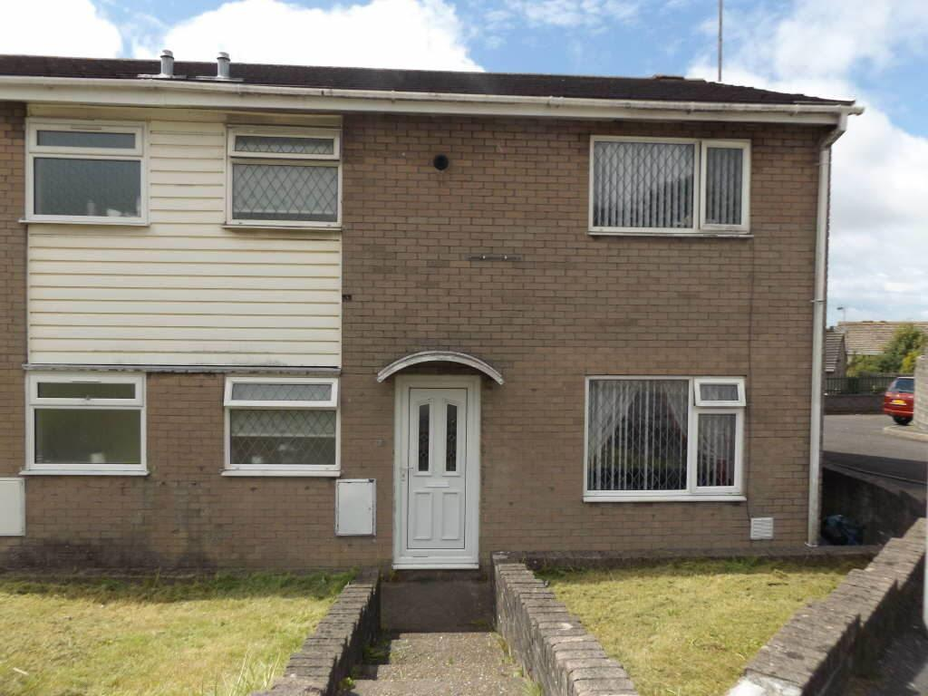 3 Bedrooms Terraced House for sale in Tir Einon, Llanelli, Carms
