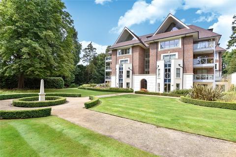2 bedroom flat to rent - Burlington Place, Kincraig Drive, Sevenoaks, Kent, TN13