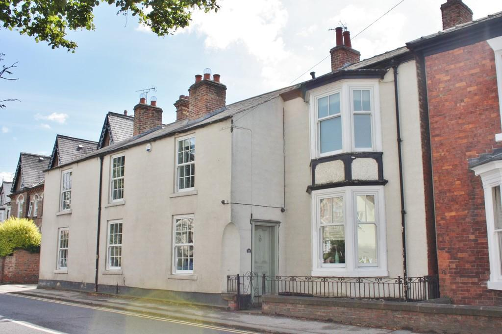 5 Bedrooms Semi Detached House for sale in North Road, Ripon