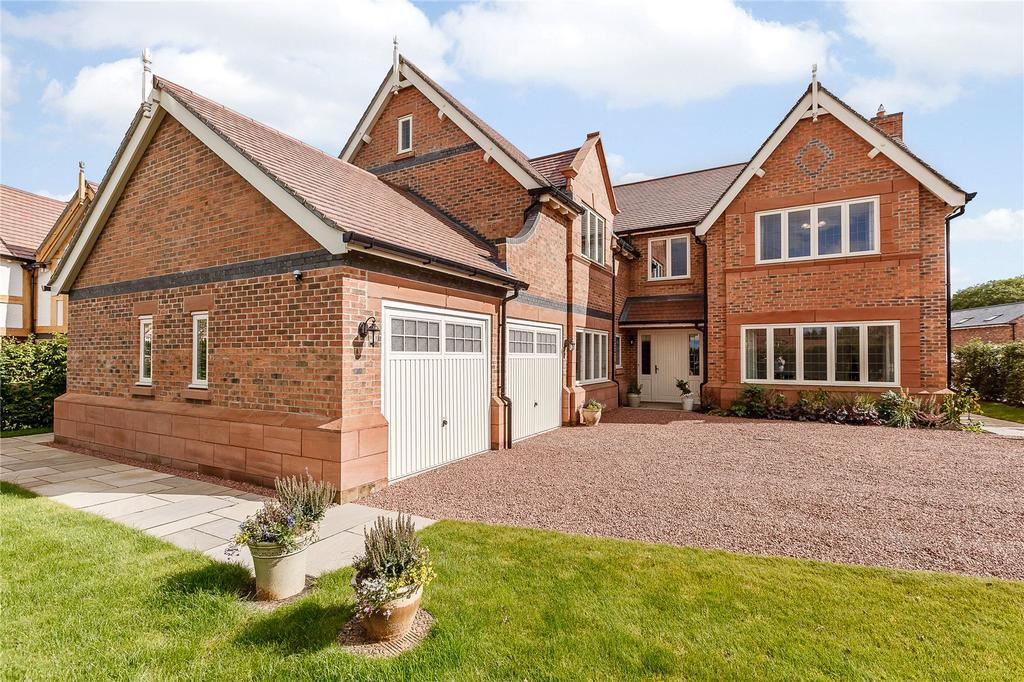5 Bedrooms Detached House for sale in Stretton Green, Tilston, Cheshire