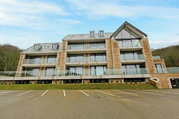 2 Bedrooms Flat for sale in Greve De Lecq, St Ouen