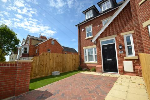 3 bedroom house to rent - Weymouth