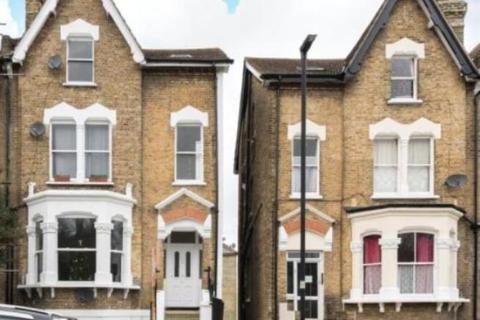 2 bedroom flat to rent - Alexandra Drive, London, SE19 1AW