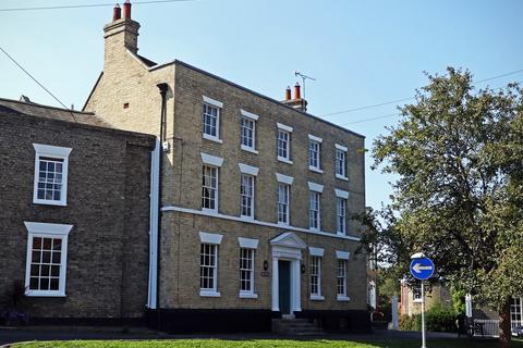 7 bedroom townhouse to rent - South Street,Manningtree,CO11 1BQ