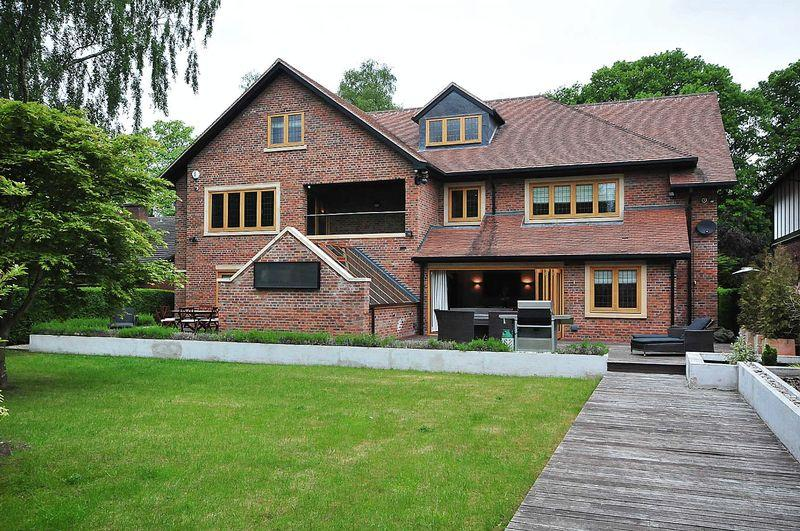 6 Bedrooms Detached House for sale in Parkfield Road, Knutsford