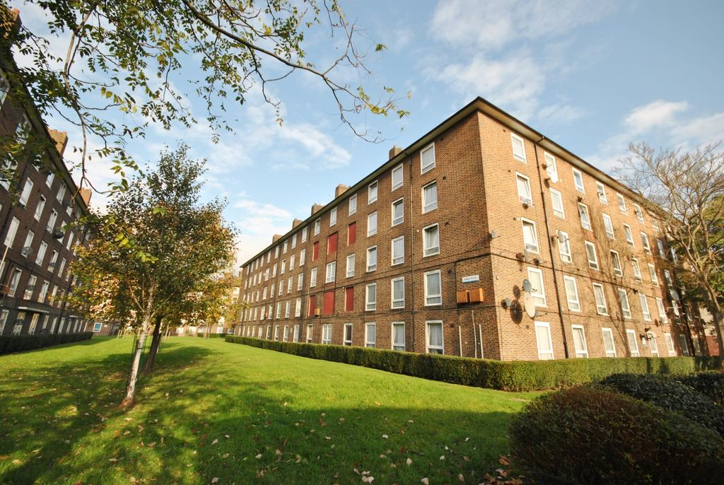 2 Bedrooms Flat for sale in Dawes House Walworth SE17
