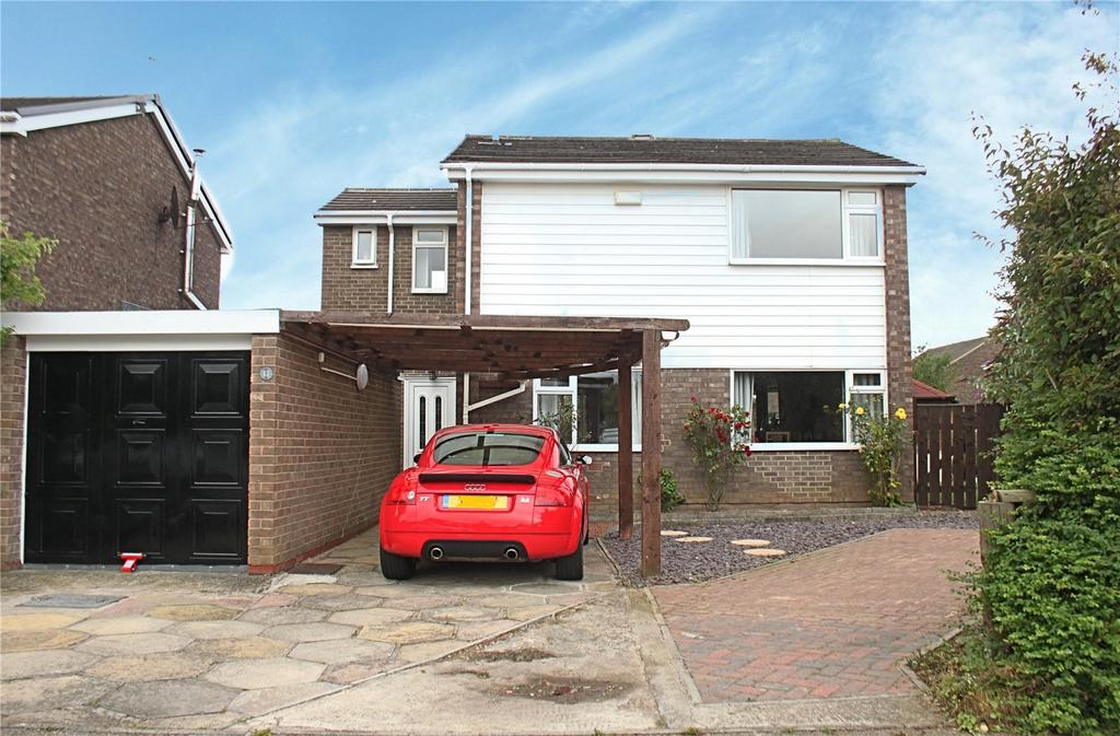 3 Bedrooms Detached House for sale in Roundhay Drive, Eaglescliffe