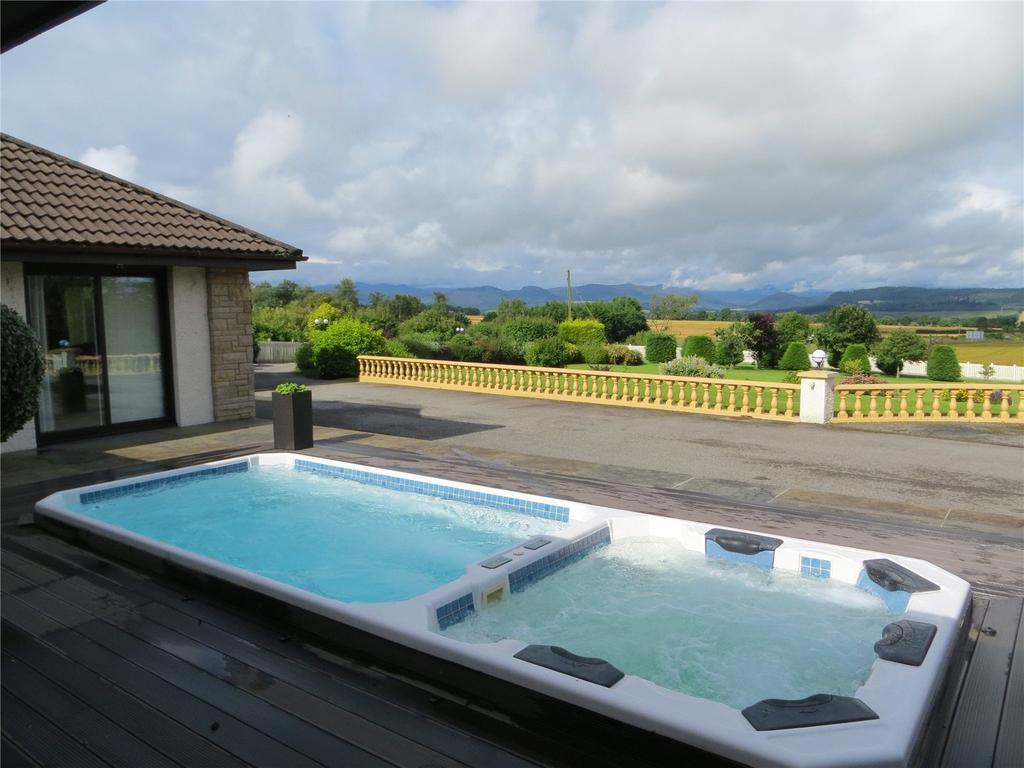4 Bedrooms Detached Bungalow for sale in Newton of Ferintosh, Conon Bridge, Dingwall, Ross-Shire