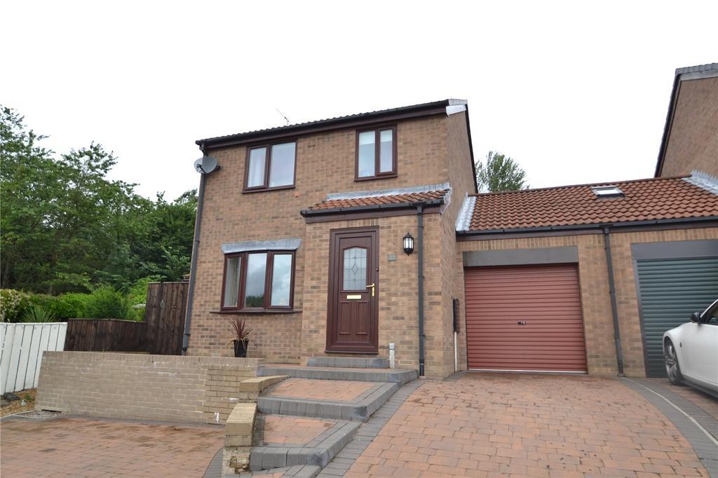 3 Bedrooms Link Detached House for sale in Lambton Court, Peterlee, County Durham, SR8