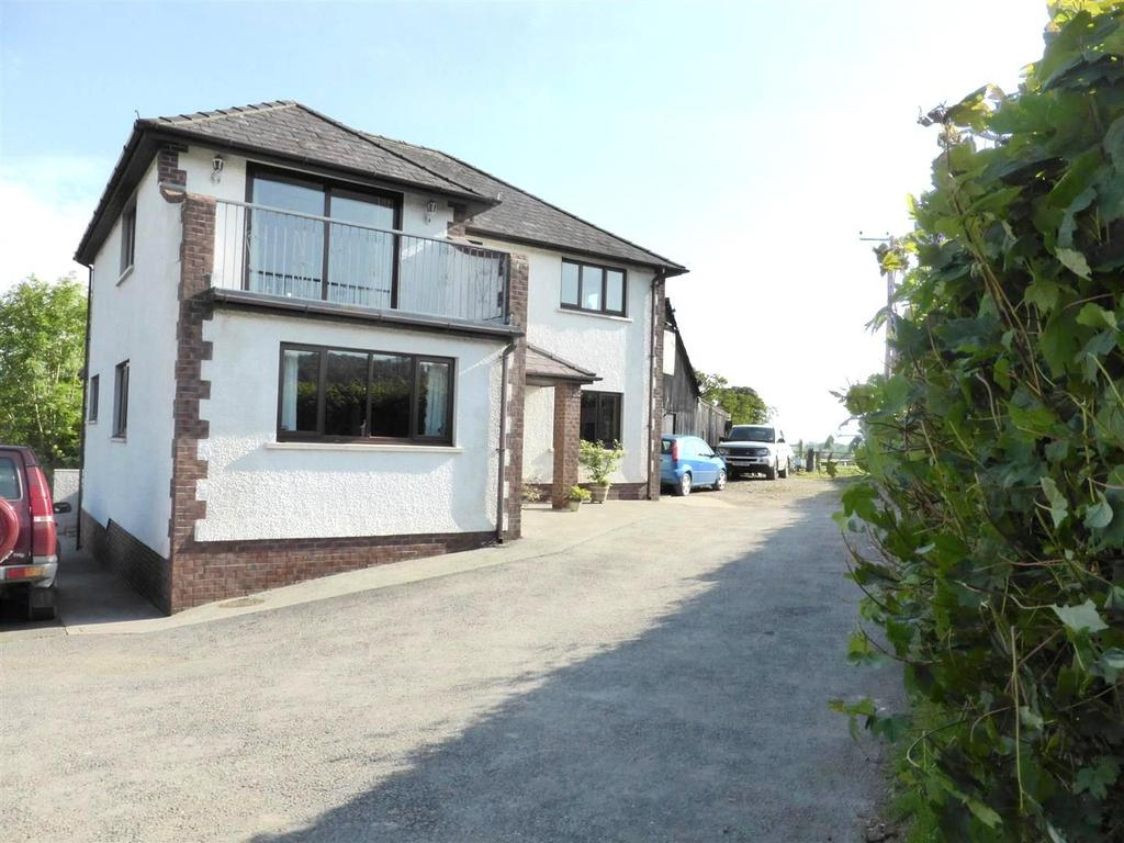 4 Bedrooms Detached House for sale in Llanwrda