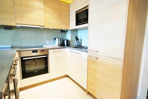 1 bedroom flat to rent - Octavia House, Townmead Road, LONDON
