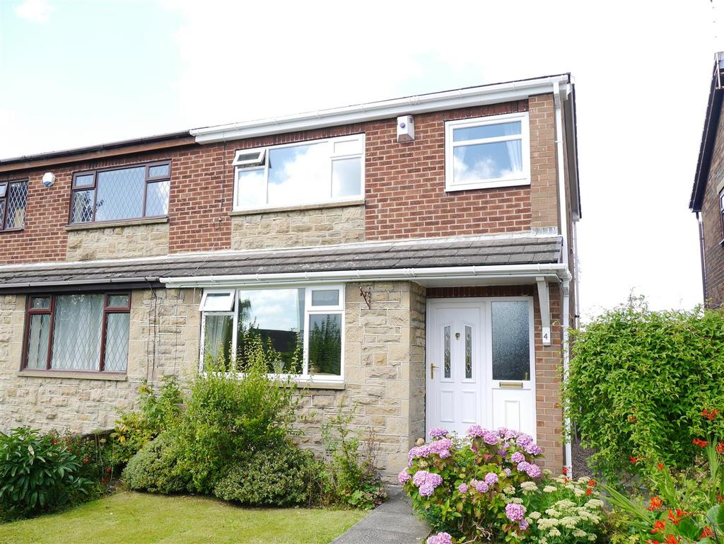 3 Bedrooms Semi Detached House for sale in Faifax View, East Bierley, BD4 6PW